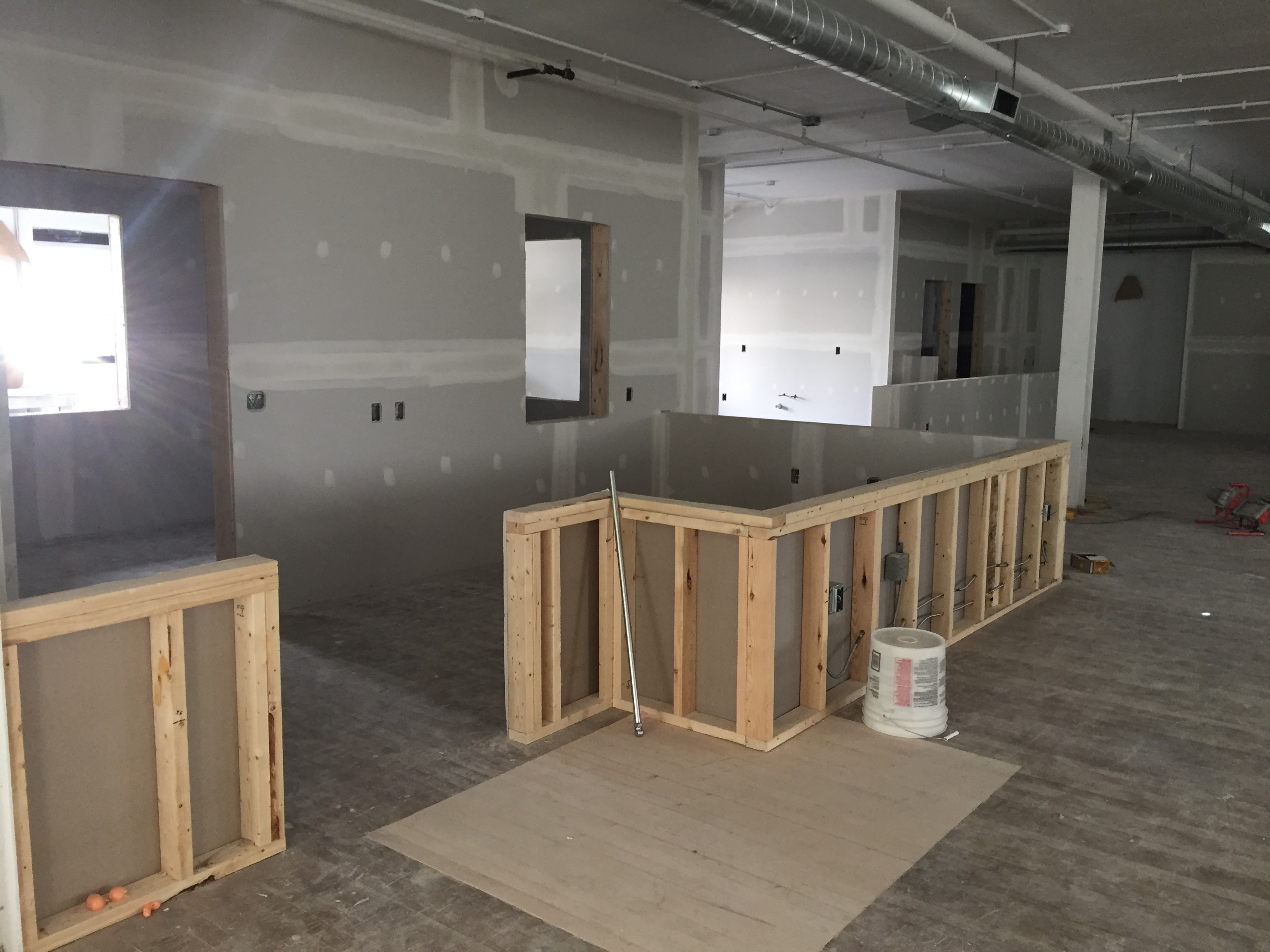 main-desk-framing